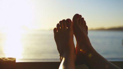 feet falling sleep